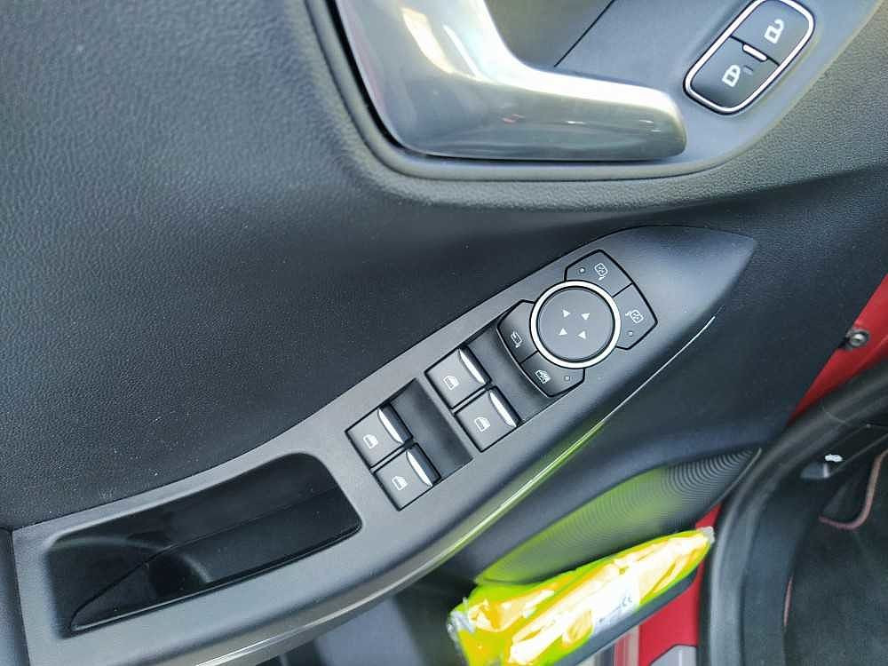 Ford Puma 1.0 EcoBoost 125 CV S&S ST-Line X a 19.900€ - immagine 16