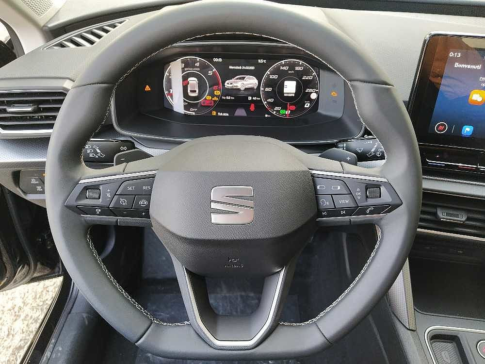 Seat Leon Sportstourer 2.0 TDI 150 CV DSG Business a 26.000€ - immagine 17