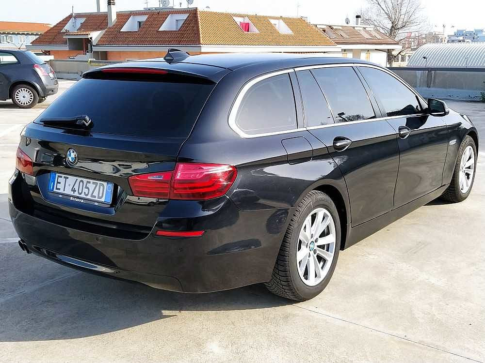 BMW Serie 5 Touring 520d Touring Business aut. a 14.800€ - immagine 2