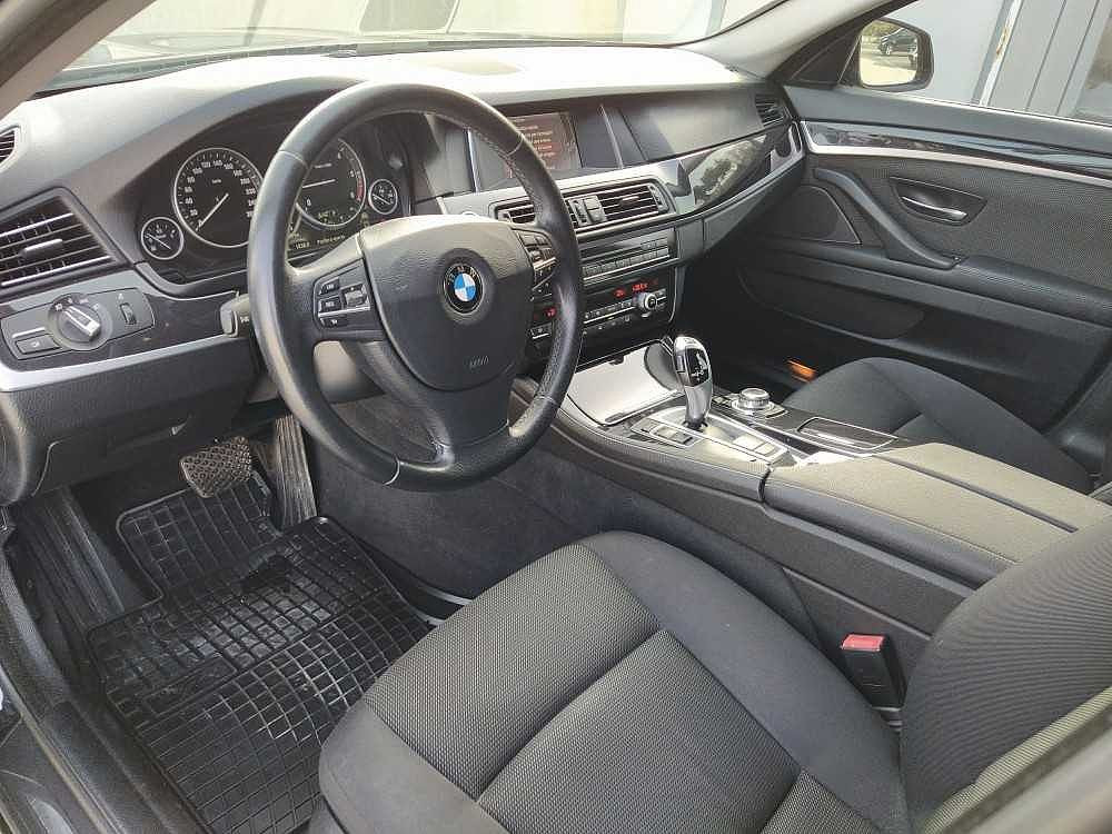 BMW Serie 5 Touring 520d Touring Business aut. a 14.800€ - immagine 5