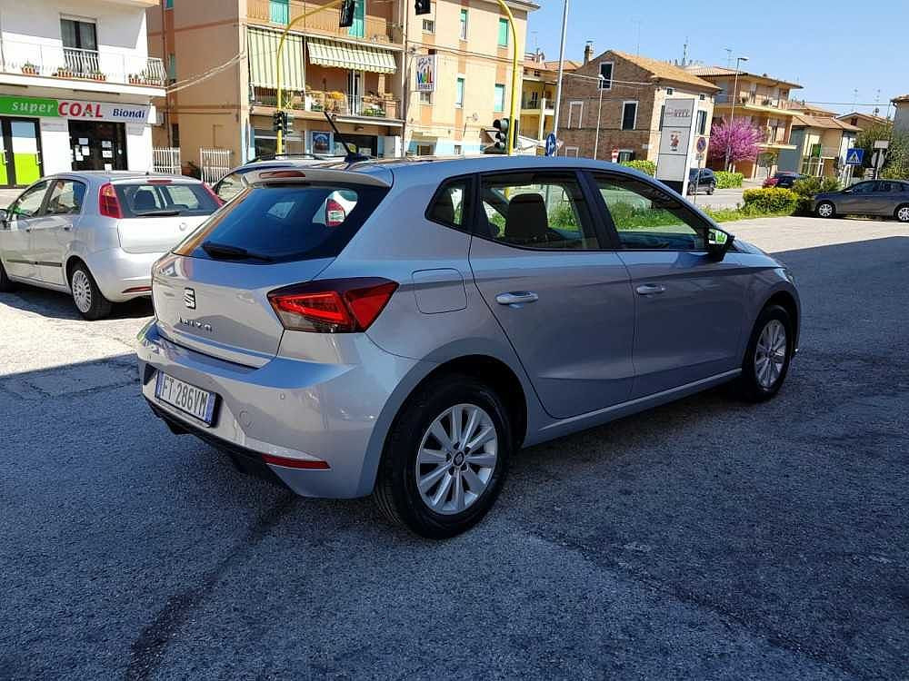 Seat Ibiza 1.6 TDI 80 CV 5 porte Business a 14.000€ - immagine 2