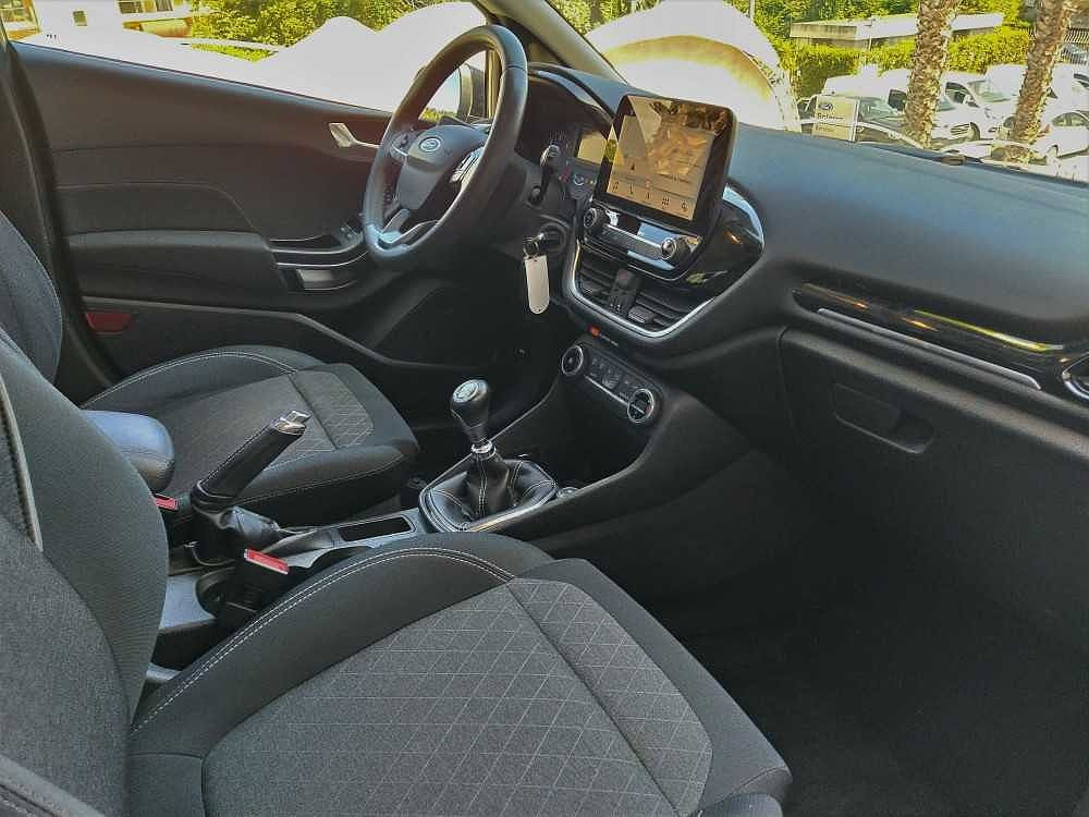 Ford Fiesta Active 1.5 TDCi a 12.900€ - immagine 19