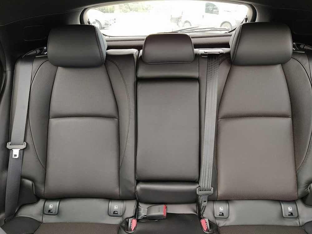 Mazda Mazda3 2.0L Skyactiv-X M-Hybrid Exclusive a 28.500€ - immagine 9
