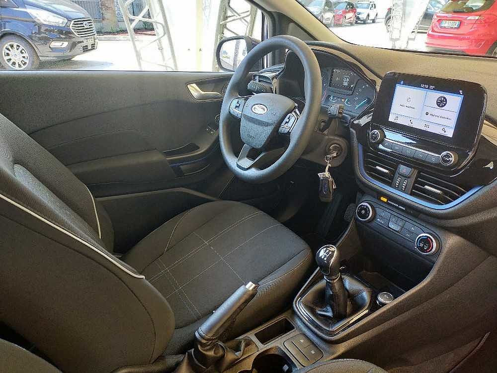 Ford Fiesta 1.1 85 CV 3 porte Plus a 9.000€ - immagine 19