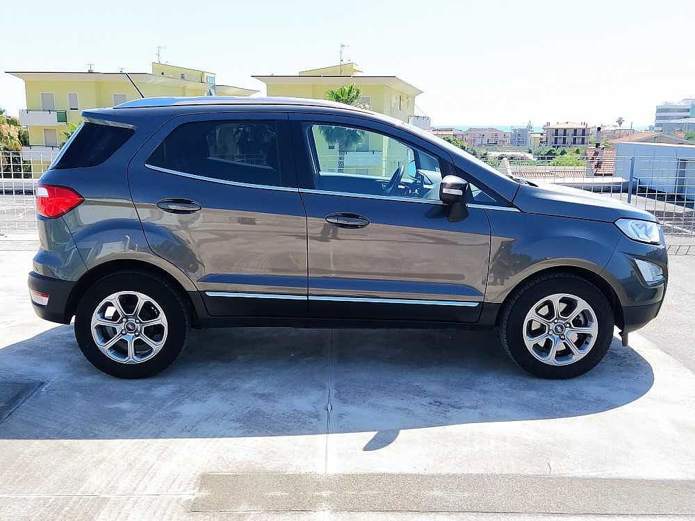 Ford Ecosport 1.5 TDCi 100 CV Start&Stop Titanium a 15.900€ - immagine 12