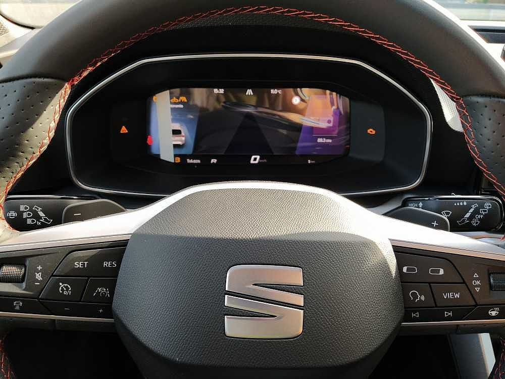 Seat Leon Sportstourer Sportstourer 1.5 eTSI 150 CV DSG FR a 29.000€ - immagine 17