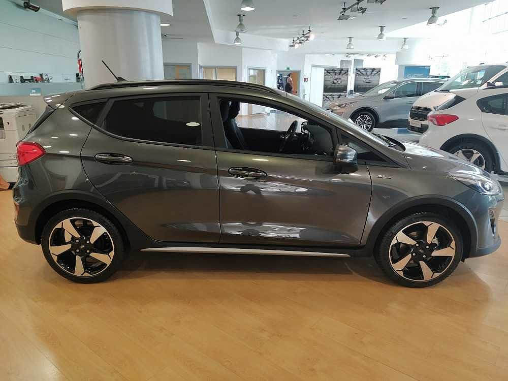 Ford Fiesta Active 1.0 Ecoboost 95 CV a 17.000€ - immagine 11