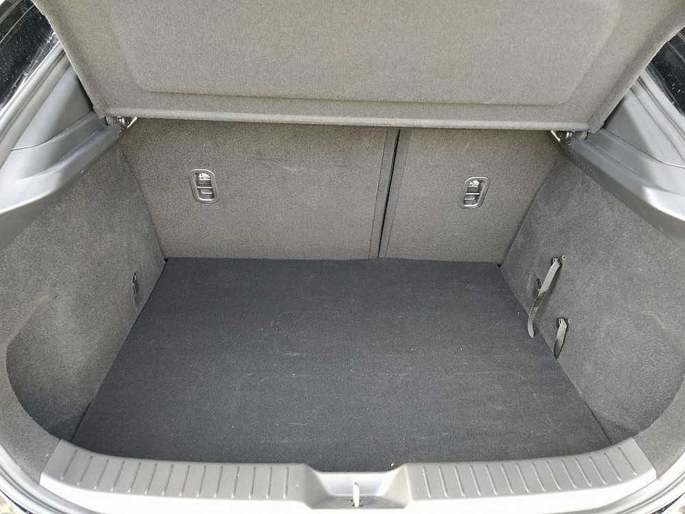 Mazda CX-30 2.0L Skyactiv-X M-Hybrid 2WD Exceed a 29.000€ - immagine 14