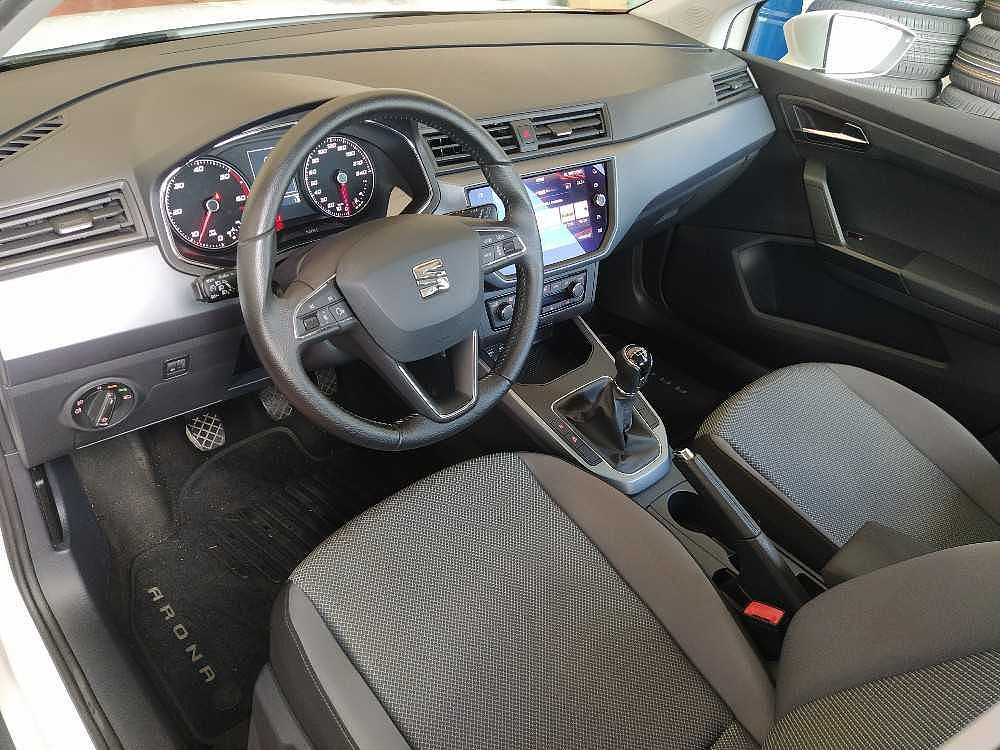 Seat Arona 1.6 TDI 95 CV Style a 15.800€ - immagine 5