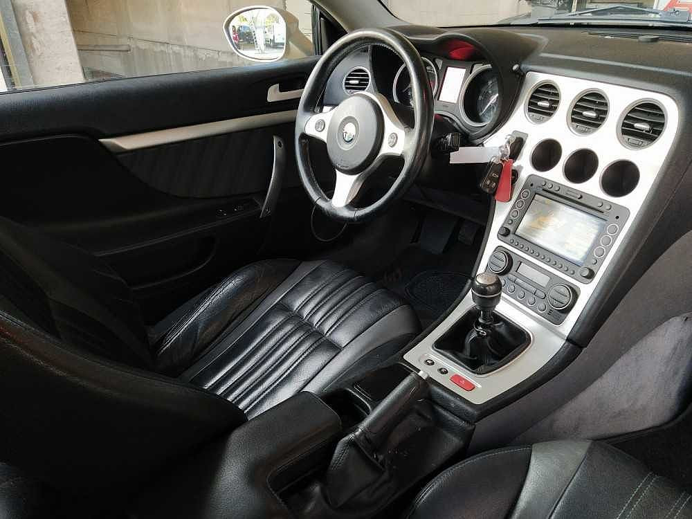 Alfa Romeo Brera 2.4 JTDm 20V Sky Window a 5.500€ - immagine 19