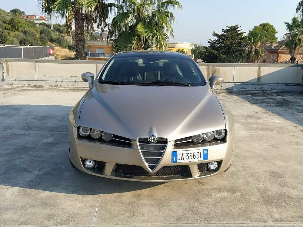 Alfa Romeo Brera 2.4 JTDm 20V Sky Window a 5.500€ - immagine 4