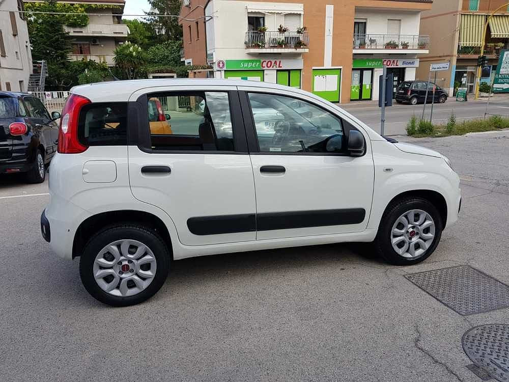Fiat Panda 0.9 TwinAir Turbo Natural Power Easy a 9.300€ - immagine 12