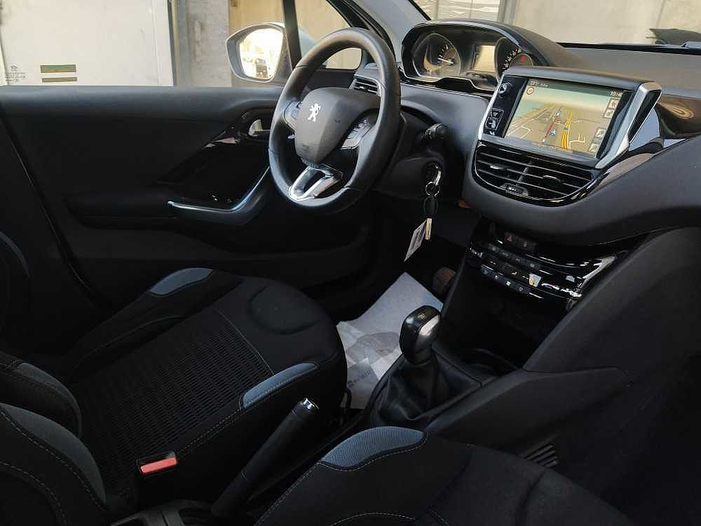 Peugeot 208 1.6 e-HDi 92 CV Stop&Start 5 porte Allure a 8.000€ - immagine 18