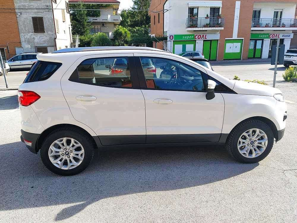 Ford Ecosport 1.5 TDCi 95 CV Plus a 13.300€ - immagine 12