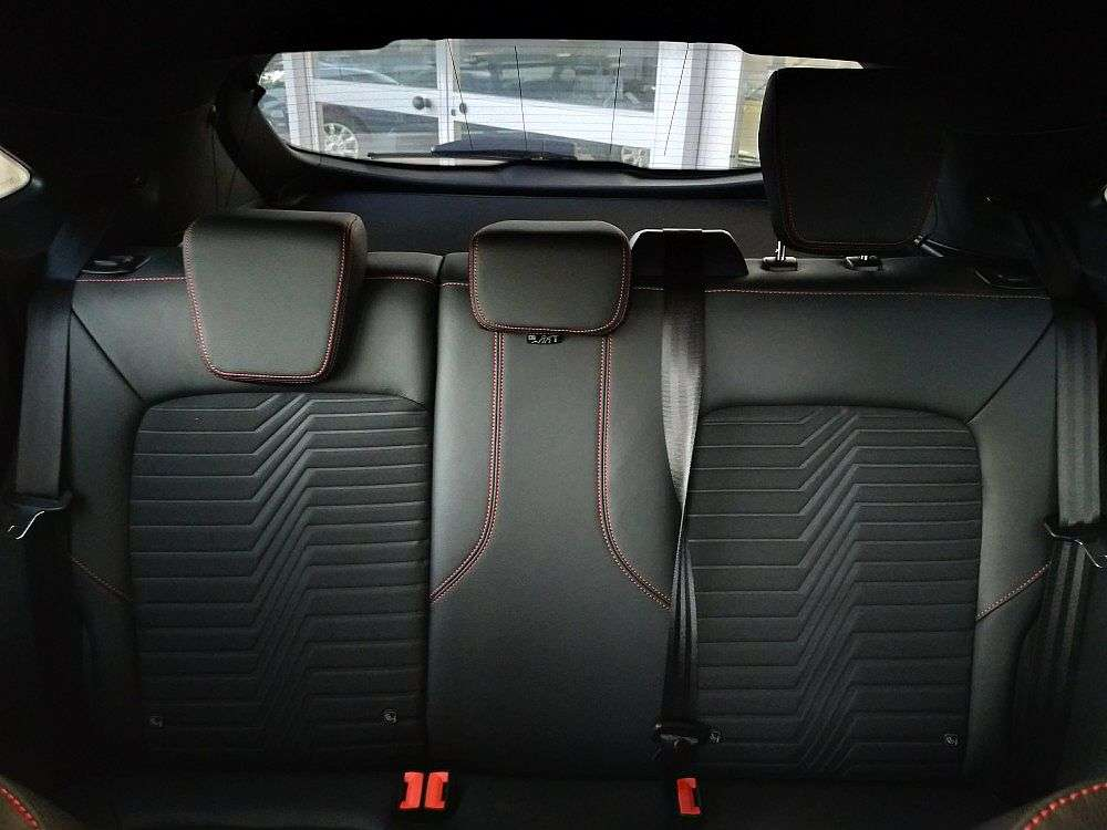 Ford Puma 1.0 EcoBoost Hybrid 155 CV S&S ST-Line X a 25.950€ - immagine 9