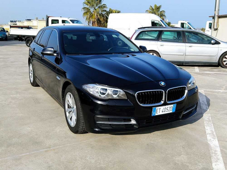 BMW Serie 5 Touring 520d Touring Business aut. a 14.800€ - immagine 1