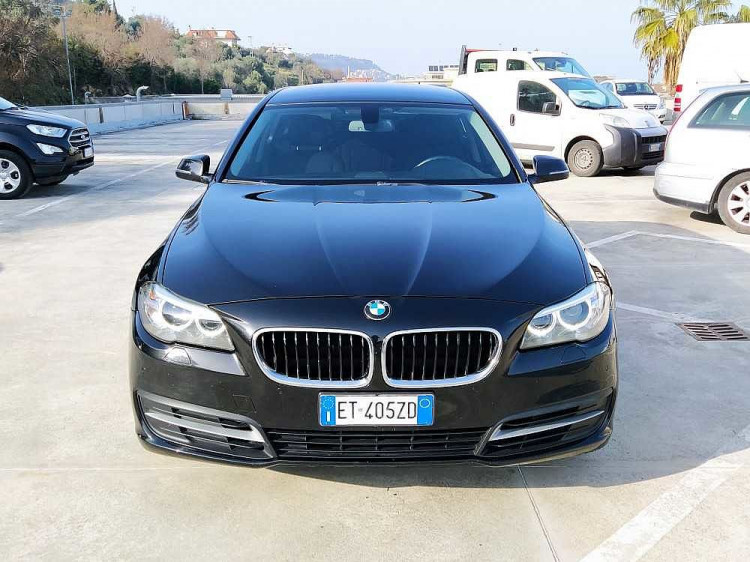 BMW Serie 5 Touring 520d Touring Business aut. a 14.800€ - immagine 4