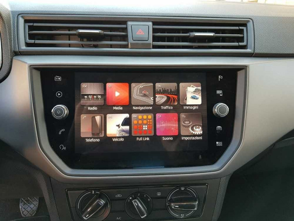 Seat Ibiza 1.6 TDI 80 CV 5 porte Business a 14.000€ - immagine 7