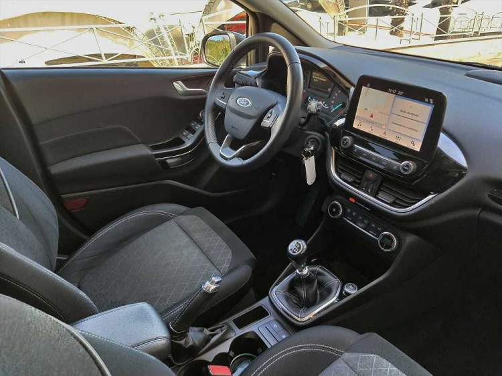 Ford Fiesta Active 1.5 TDCi a 12.900€ - immagine 20