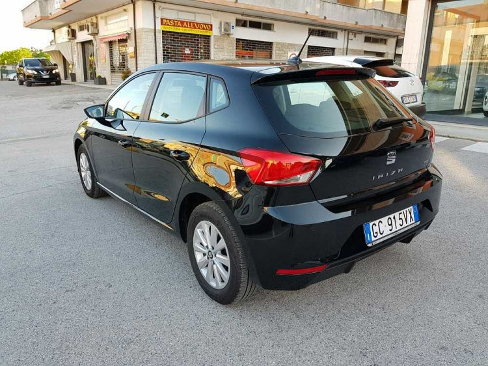 Seat Ibiza 1.0 TGI 5 porte Business a 16.500€ - immagine 10