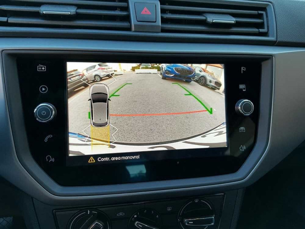 Seat Ibiza 1.0 TGI 5 porte Business a 16.500€ - immagine 17