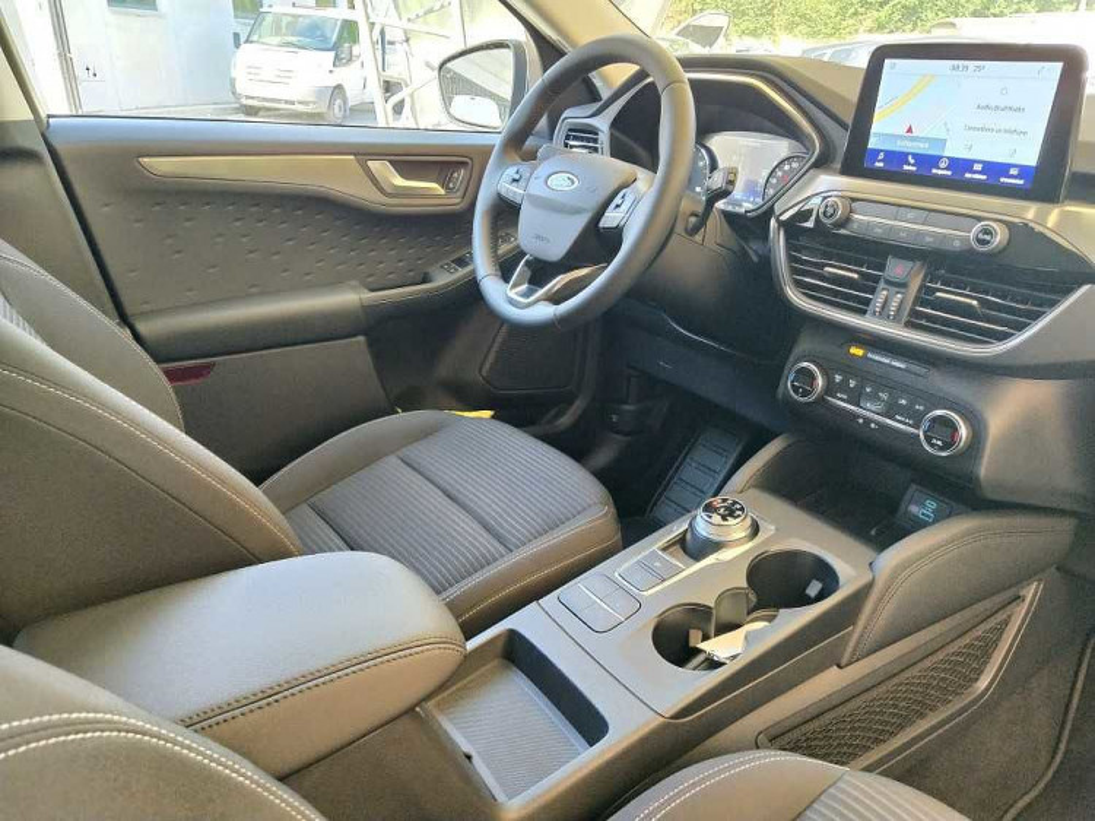 Ford Kuga 2.5 Plug In Hybrid 225 CV CVT 2WD Titanium a 29.500€ - immagine 24