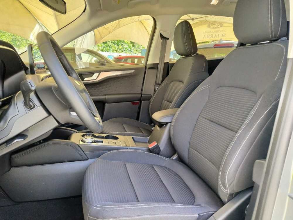 Ford Kuga 2.5 Plug In Hybrid 225 CV CVT 2WD Titanium a 29.500€ - immagine 8