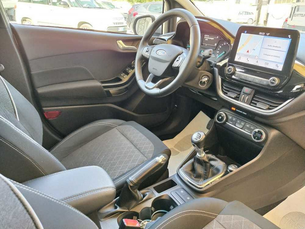 Ford Fiesta Active 1.5 TDCi a 13.900€ - immagine 19