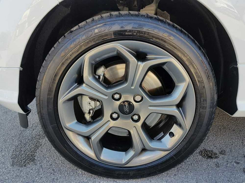 Ford Ecosport 1.5 TDCi 100 CV Start&Stop ST-Line a 16.500€ - immagine 9