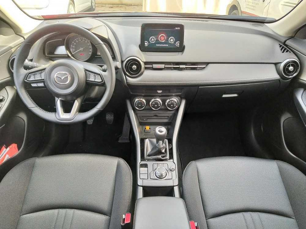 Mazda CX-3 2.0L Skyactiv-G Executive a 20.800€ - immagine 6