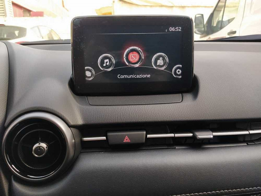 Mazda CX-3 2.0L Skyactiv-G Executive a 20.800€ - immagine 7