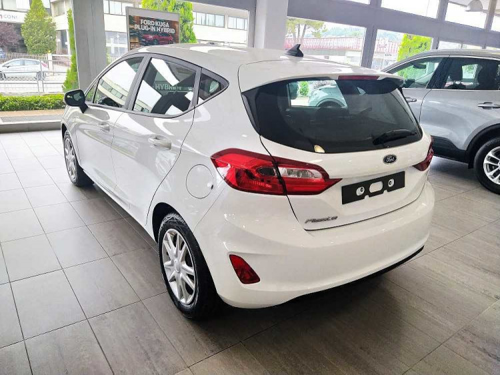 Ford Fiesta 1.1 75 CV GPL 5 porte Connect a 15.900€ - immagine 10
