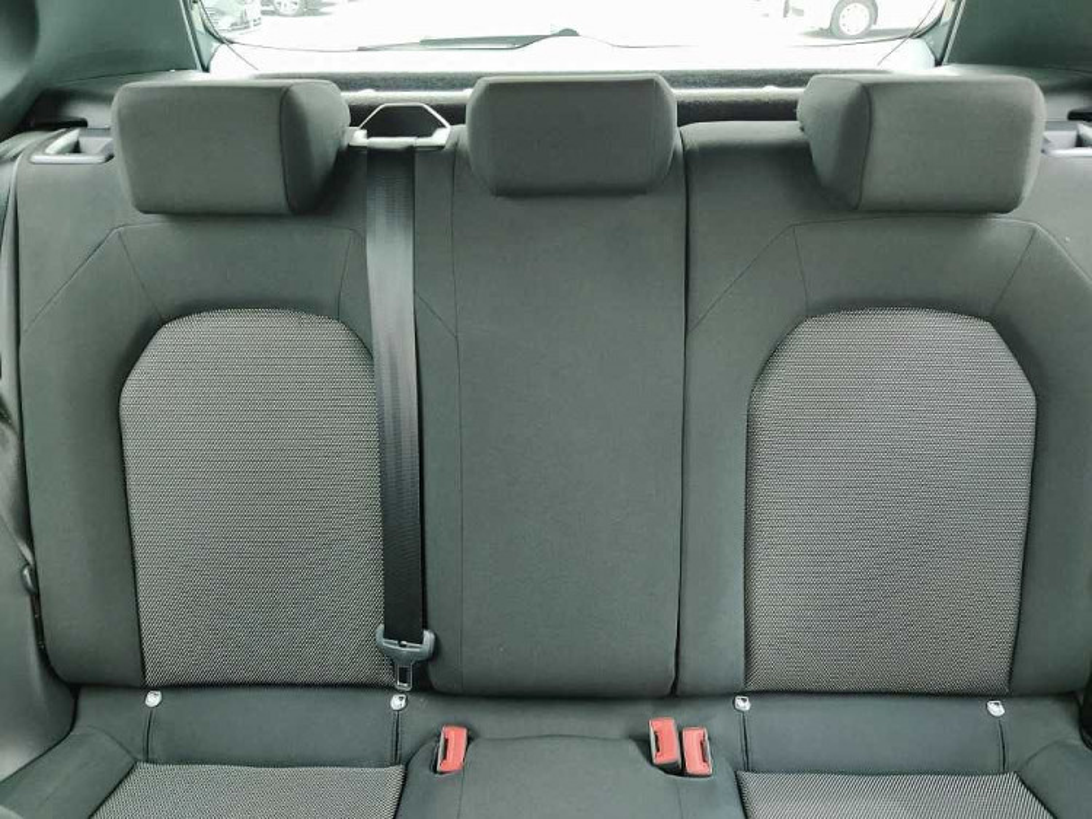 Seat Arona 1.6 TDI 95 CV XCELLENCE a 16.300€ - immagine 9