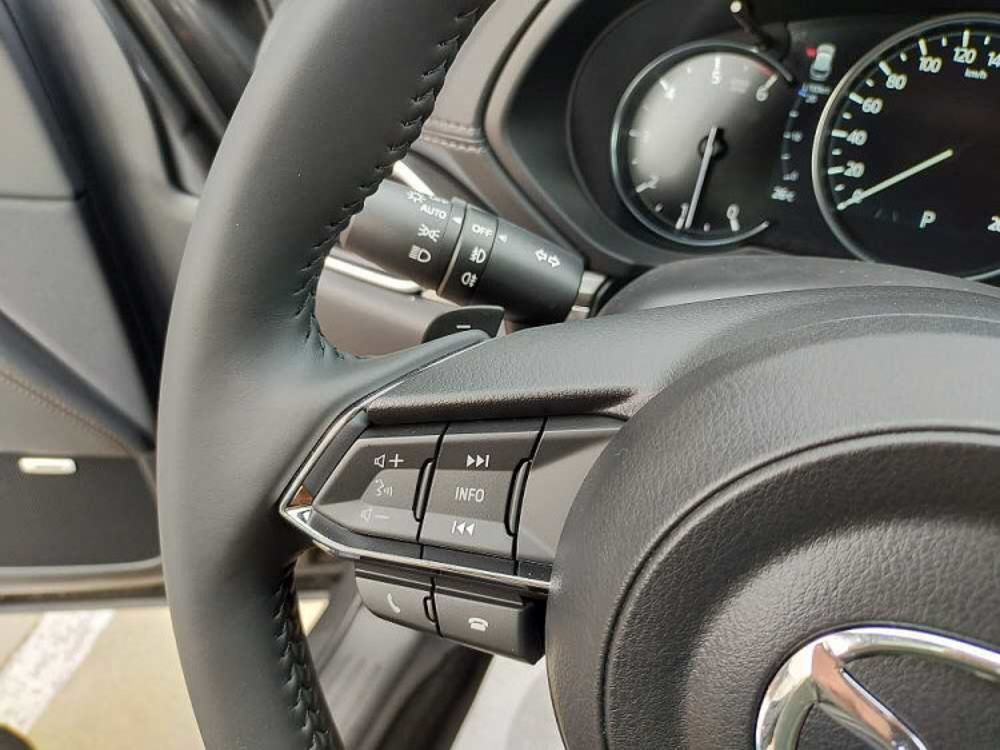 Mazda CX-5 2.2L Skyactiv-D 150CV 2WD Exceed a 33.800€ - immagine 17