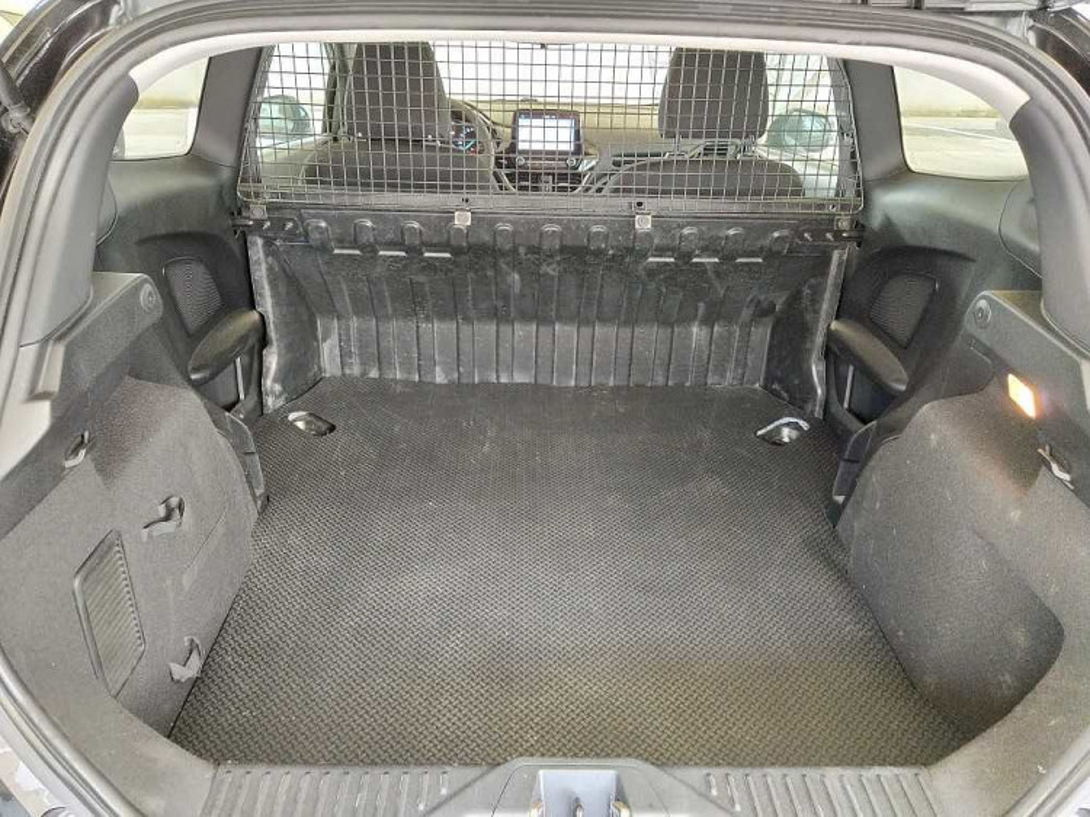 Ford Fiesta 1.1 85 CV 3 porte Van Business a 10.900€ - immagine 13