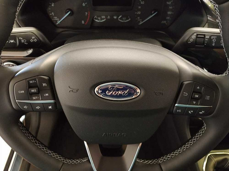Ford Fiesta Active 1.0 Ecoboost 95 CV a 17.000€ - immagine 16