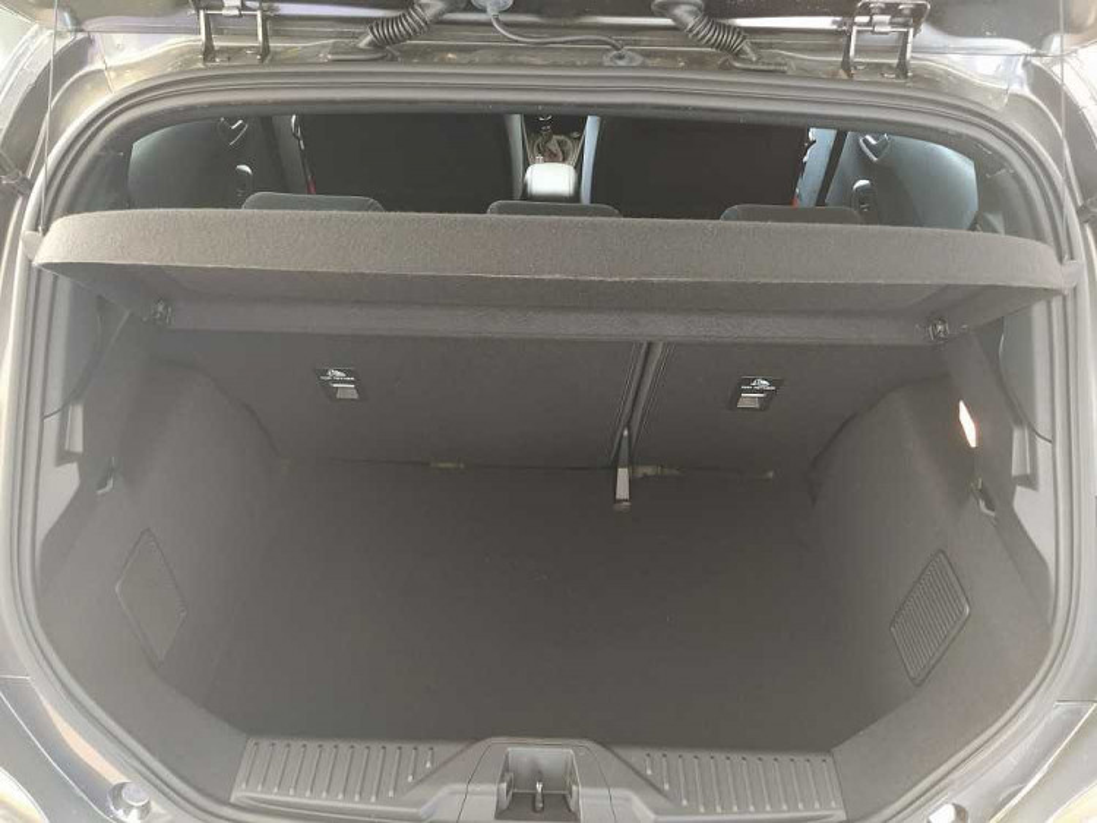 Ford Fiesta 1.0 Ecoboost 95 CV 5 porte ST-Line a 17.000€ - immagine 13