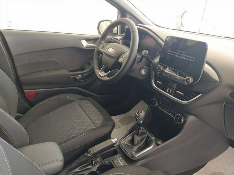 Ford Fiesta Active 1.0 Ecoboost 95 CV a 17.900€ - immagine 16