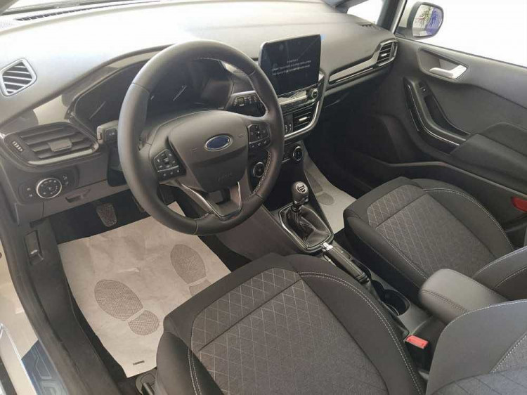 Ford Fiesta Active 1.0 Ecoboost 95 CV a 17.900€ - immagine 5