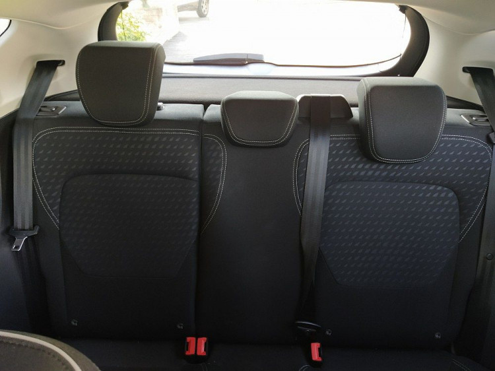 Ford Fiesta 1.5 TDCi 5 porte Titanium a 11.800€ - immagine 9