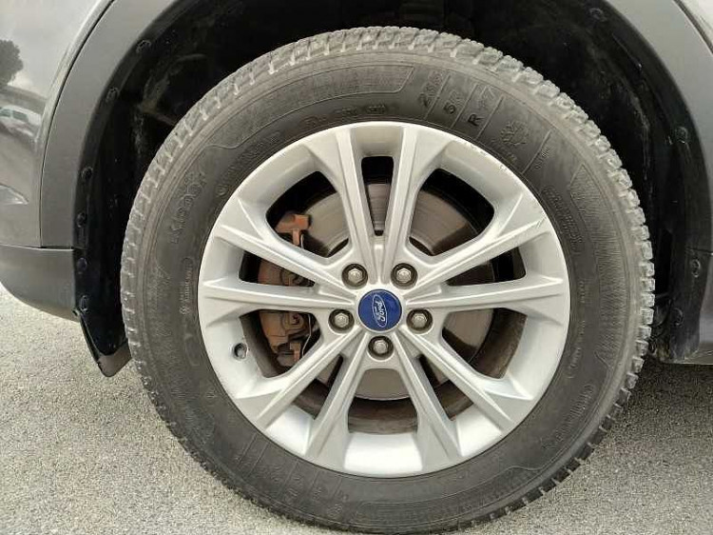 Ford Kuga 2.0 TDCI 150 CV S&S 4WD Titanium a 17.500€ - immagine 15