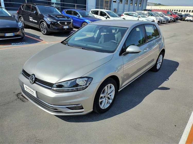 Volkswagen Golf 1.6 TDI 115 CV 5p. Business BlueMotion Technology a 18.000€ - thumb immagine 11