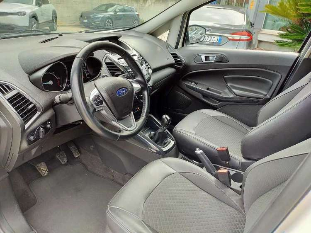 Ford Ecosport 1.5 TDCi 95 CV Titanium a 13.800€ - immagine 5